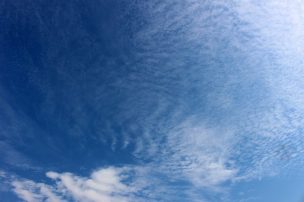 blue-sky-and-high-cirrus-clouds-resized-2